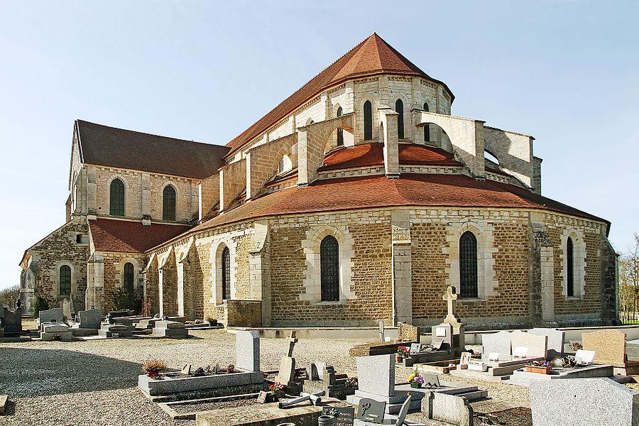 Chevet de l'abbatiale de Pontigny