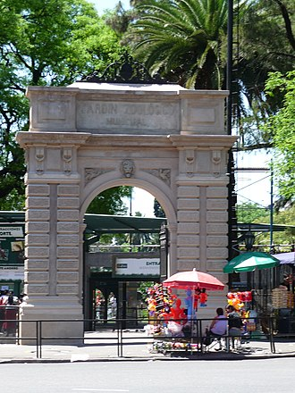 Buenos Aires Zoo - Image: Porton zoologico buenos aires