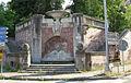 Predappio, scalinata con fontana alla base di palazzo varano.JPG