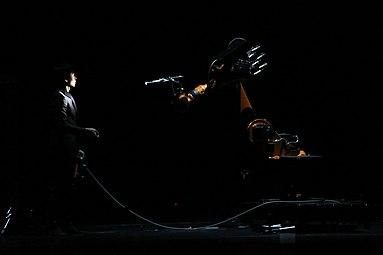 Prix Ars Electronical 2013 11 Huang Yi KUKA.jpg