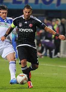 Quaresma con la maglia del Besiktas contro la Dinamo Kiev