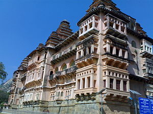 History of Pulicat - The Chandragiri Fort from where Venkatapati Deva Raya reigned and his wife Oboyoma ruled Pulicat