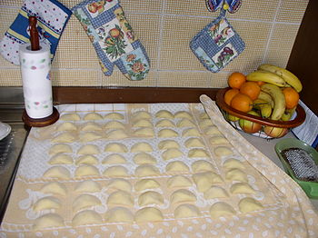 Preparation of home-made ravioli with ricotta