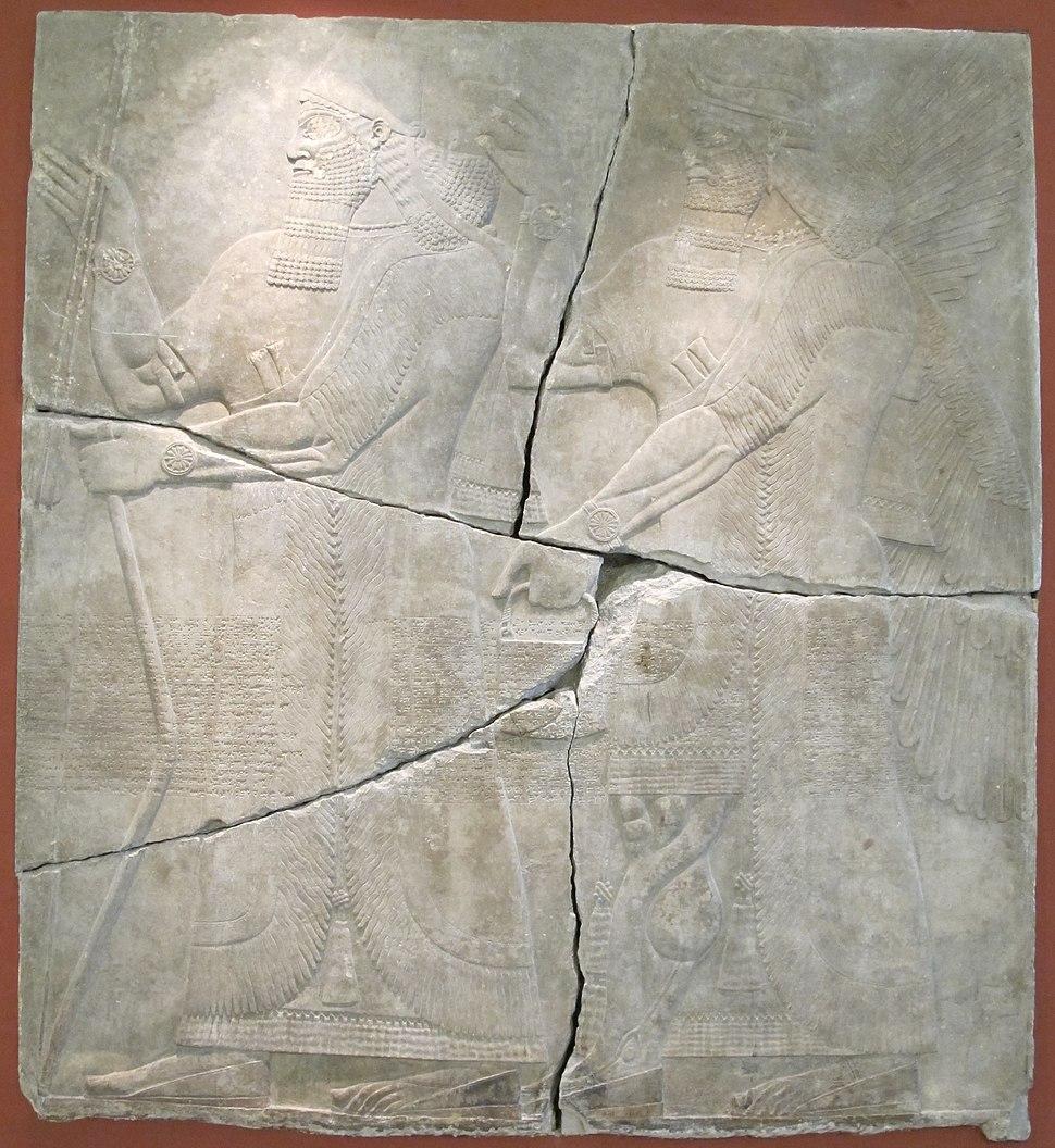 Re ashurnasirpal II e il suo dio, dal pal di ashurnasirpal II a Kalhu (Nimrud), IX sec. ac.