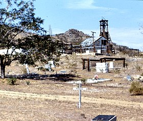 Rest in Peace, Johannesburg Ghost Town, CA 1987 (6390459893).jpg