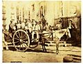 Rive, Roberto (18..-1889) - n. 383 - Napoli, carretto davanti a Fontana Maggiore.jpg
