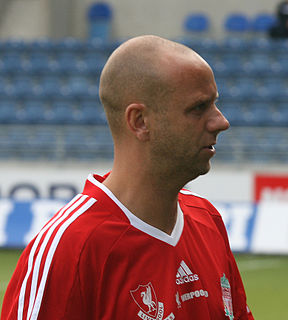 Rob Jones (footballer, born 1971) English footballer, born 1971