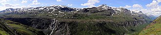Rohkunborri National Park - Panorama showing much of the Sørdalen canyon seen from the east
