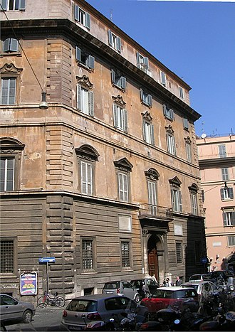 Quoin - Quoining on the corners of Palazzo Aragona Gonzaga, Rome.
