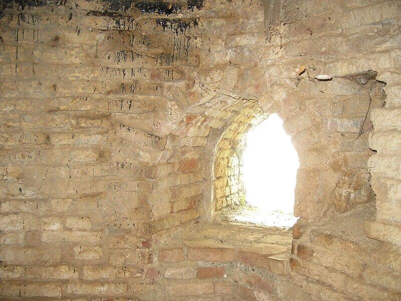 File:Rudkhan Castle by Mardetanha557.JPG