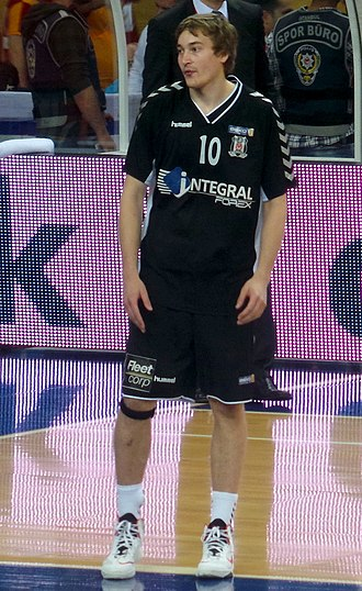 Ryan Broekhoff - Broekhoff with Beşiktaş