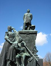 Statue de Jules Ferry