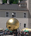 Salzburg Kapitelplatz Stephan Balkenhol Sphaera.jpg