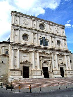The façade of the San Bernardino basilica.