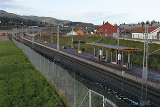 Vestfold Line - Sande Station is located on one of the double-tracked sections