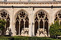 Santes Creus- claustre del monestir (5466140124).jpg