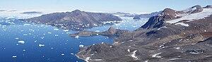 Saqqarlersuaq Island - Aerial view of Saqqarlersuaq Island (left) and Kiatassuaq Island (right)