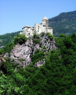 Schloss Karneid.jpg