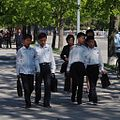 School children Kaesong, DPRK (11602035456).jpg