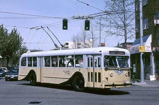 File Seattle 1944 Pullman Trolleybus 1005 In 2000 Jpg