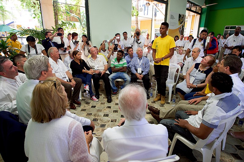 File:Secretary Kerry Listens to Conflict Victims, Ex- Combatants, and At-Risk Youth Speak About a Job- Training Program at the Escuela Taller (29318007674).jpg