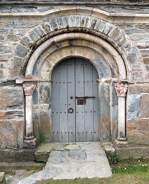 File:Serrabone portal.jpg