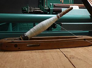 Shuttle (weaving) - Image: Shuttle with bobbin