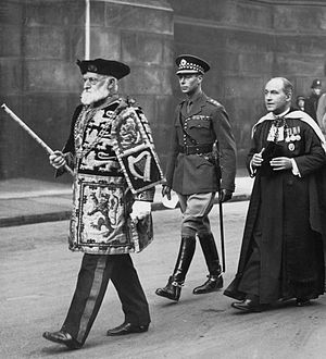 Lord Lyon King of Arms - Sir Francis Grant, Lord Lyon King of Arms (left), and the Duke of York (centre) proceeding to St Giles' Cathedral in 1933