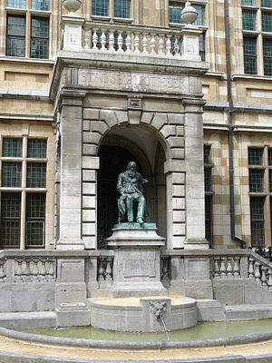 Hendrik Conscience - Statue of Conscience outside the Hendrik Conscience Heritage Library in Antwerp