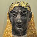 Statue chryséléphantine masculine.JPG
