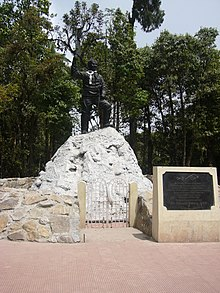 Statue of Tenzing Norgay atHimalayan Mountaineering Institute Darjeeling West Bengal India (3).jpg