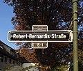Straßenschild Robert-Bernardes-Straße, Düsseldorf-Golzheim.jpg