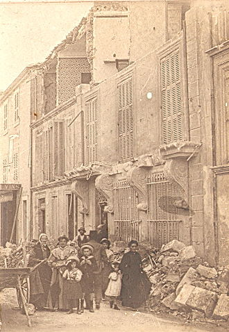 1909 Provence earthquake - Street in Salon-de-Provence after the earthquake
