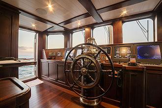 Taransay (yacht) - Wheelhouse of the yacht