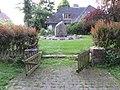 Tastruper Gedenkstätte für die Gefallenen des 1 WK und 2 WK, Tastrup 2014, Bild 01.jpg