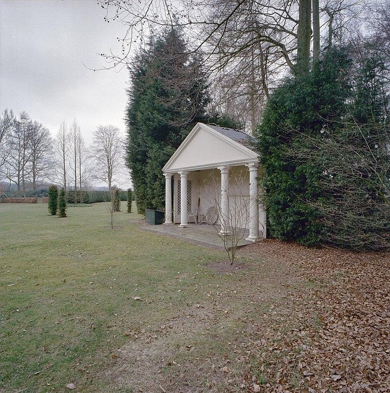 Huis enzerinck in vorden monument - Huis in de tuin ...