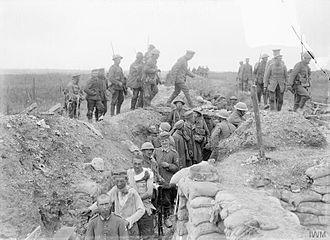 Worcestershire Regiment - Escort of the 10th (Service) Battalion, Worcestershire Regiment bringing in German prisoners captured during the attack on La Boisselle, France, 3 July 1916.