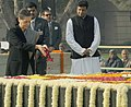 The Chairperson, National Advisory Council, Smt. Sonia Gandhi paying floral tributes at the Samadhi of Mahatma Gandhi on the occasion of Martyr's Day, at Rajghat, in Delhi on January 30, 2013.jpg