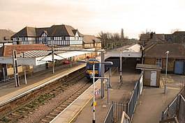Thorpe Bay station - geograph.org.uk - 1195876.jpg