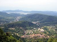 Tkibuli. View from north (Photo A. Muhranoff, 2011).jpg