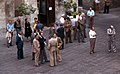 Todi-118-Gespraeche vor dem Cafe-1979-gje.jpg