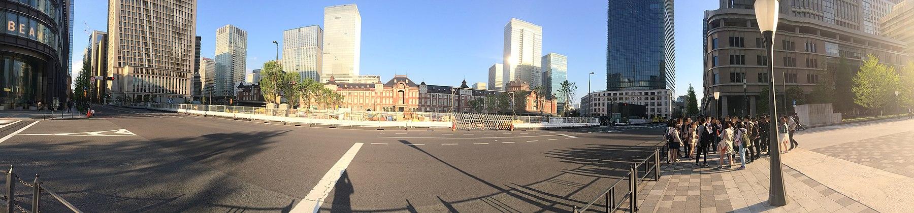 TokyoStation (34093470030).jpg