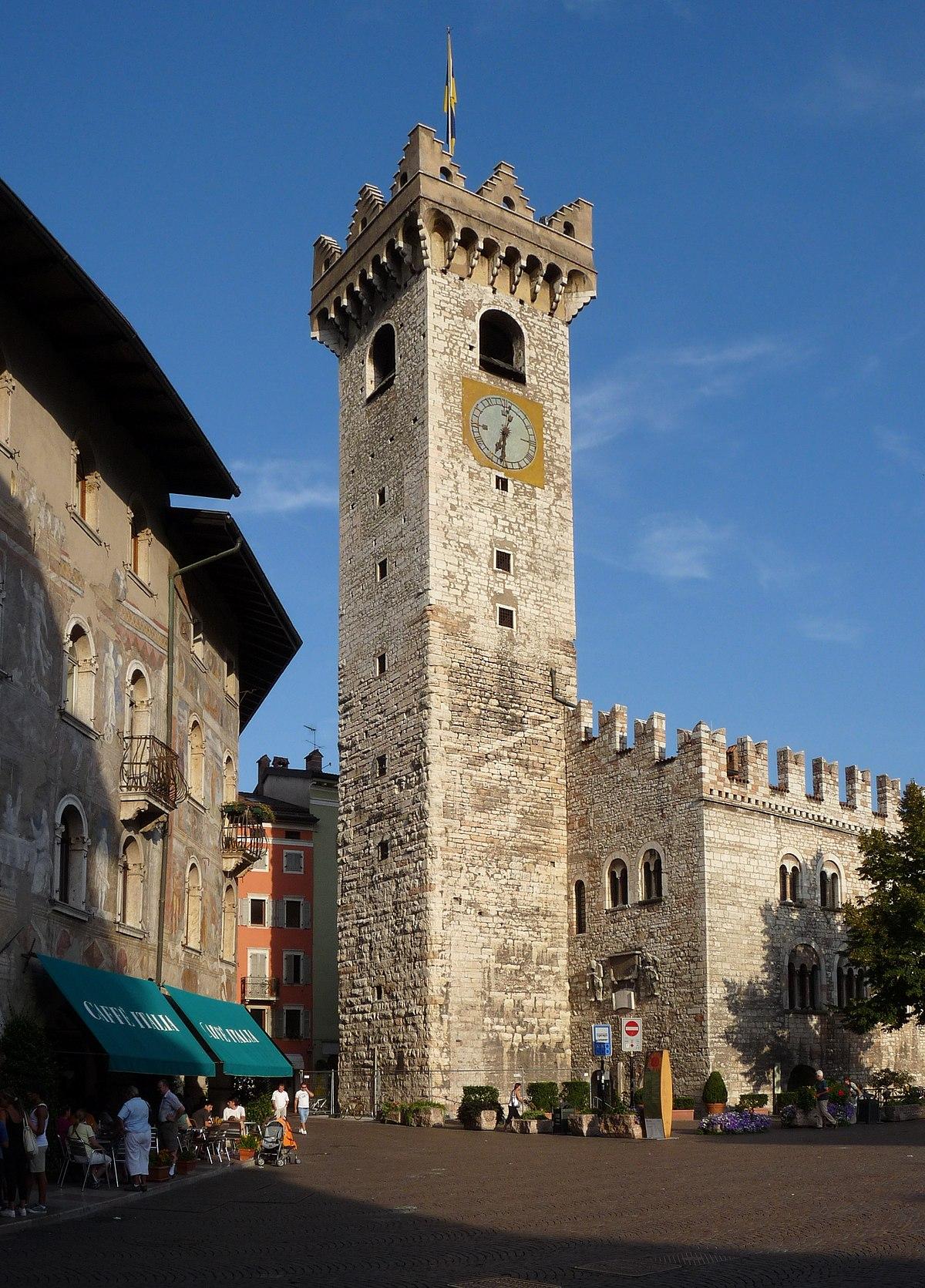 foto de Torre Civica (Trento) Wikipedia