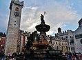 Trento Piazza del Duomo Fontana del Nettuno 08.jpg