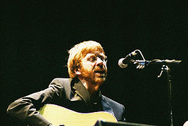 Trey Anastasio performing in 2002