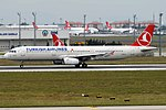 Turkish Airlines, TC-JRR, Airbus A321-231 (43482223820).jpg