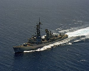 USS Berkeley (DDG-15) underway in the Pacific Ocean on 2 August 1984 (6392223)