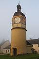Uhrturm und Brunnenhaus.JPG