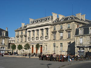 Jean-Louis Pascal - Medical and Pharmacy School, Victory Square, Bordeaux