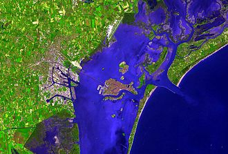Venice and surroundings in false colour, from Terra. The picture is oriented with North at the top. Venice.longshot.981pix (1).jpg